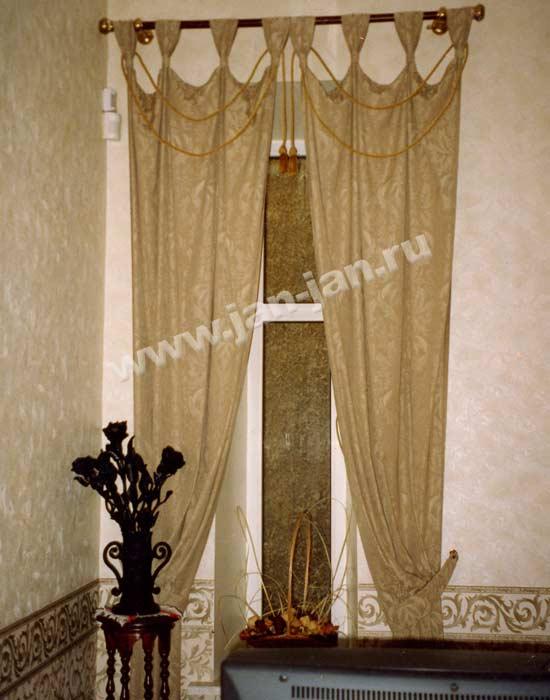 Самые красивые шторы в гостиную фото в нашем портфолио.